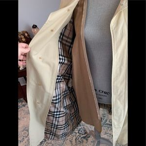 BURBERRY MEN TRENCH